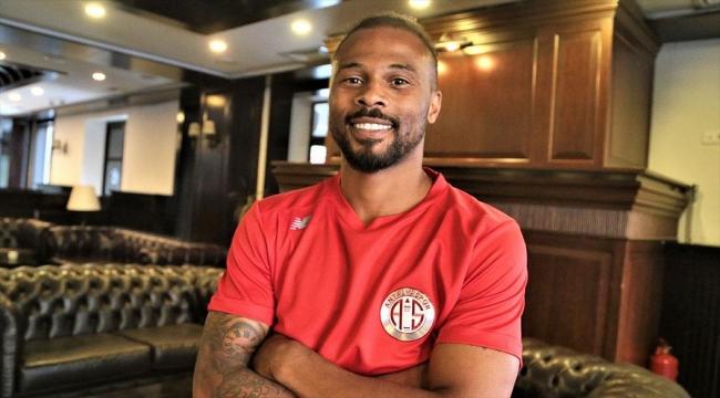 Antalyaspor'un golcüsü Fredy finalde kaybedilen Türkiye Kupası'nı bu yıl kazanmak istiyor