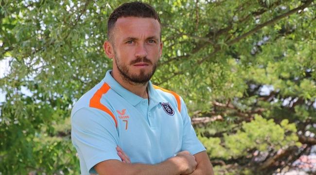 Medipol Başakşehirli futbolcu Edin Visca: Kariyerimi Başakşehir'de bitirmek istiyorum