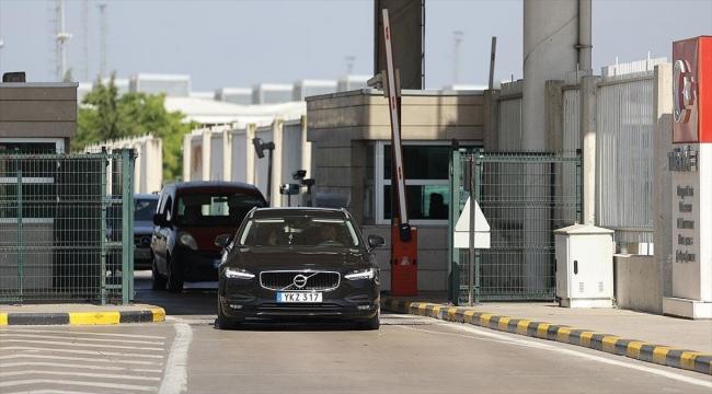 Yurt dışında yaşayan Türklerin anavatan yolculuğu sürüyor