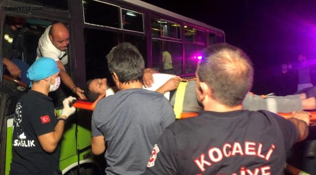 """Kazada yaralanan otobüs şoförü, """"Çalışmam lazım"""" diyerek ambulanstan inmeye çalıştı"""