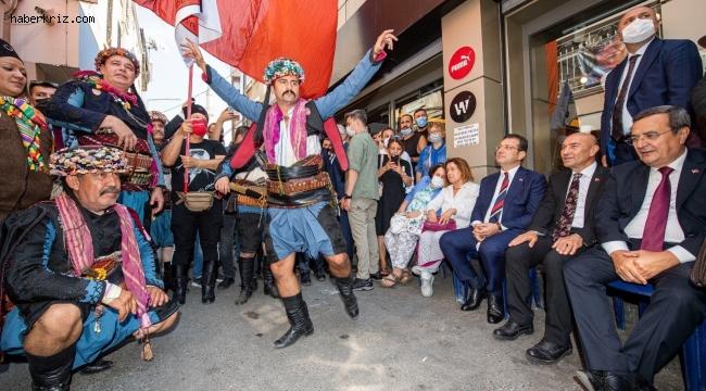 Kemeraltı'nda geleneksel 9 Eylül buluşması