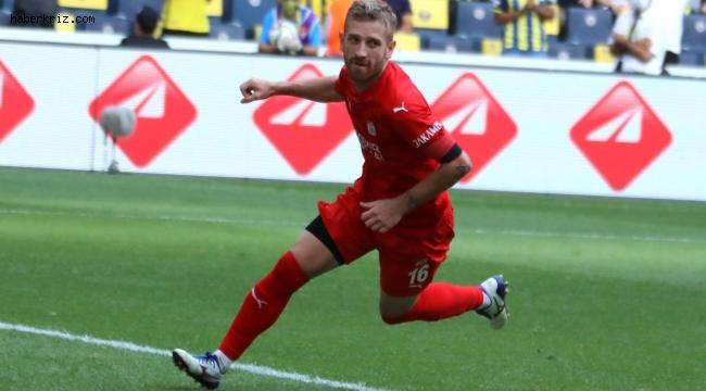 Pedro Henrique ligdeki ilk golünü attı